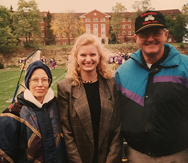 Shelley Shaw ('96) with her parents